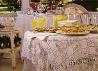 Правила подачи блюд и напитков