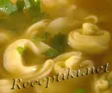 Пельмени домашние с грибами в бульоне