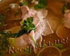 Мясной бульон из курицы, свинины или говядины