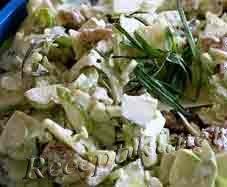 Салат из ранних сортов капусты