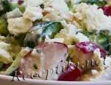 Салат с редисом и сыром