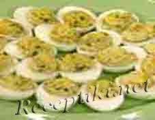 Яйца, фаршированные сардиной