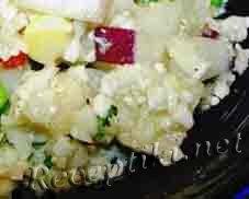 Салат из цветной капусты с шампиньонами и сельдереем