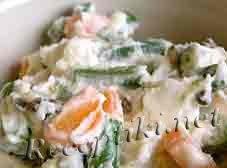 Салат из зеленой фасоли и яблок