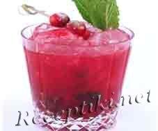 Брусничный напиток или морс