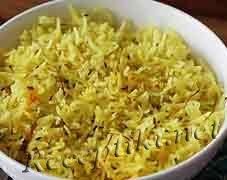 Индийский рассыпчатый рис басмати с шафраном