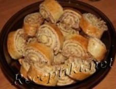 Ореховые бисквитные рулетики