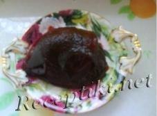 Мармелад из черной смородины с базиликом