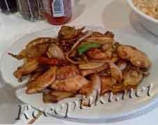 Курица с маринованными овощами