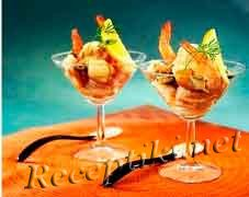 Коктейль из морепродуктов с помидорами и майонезом
