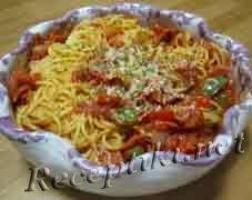"""Спагетти """"Пепперони"""" с соусом из паприки"""