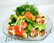 Салат из семги с авокадо и зеленью