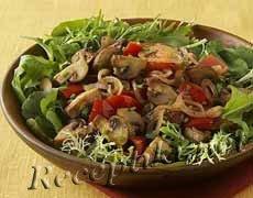 Грибной салат из шампиньонов с салом