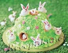 Бисквитный торт «Милые зайки»